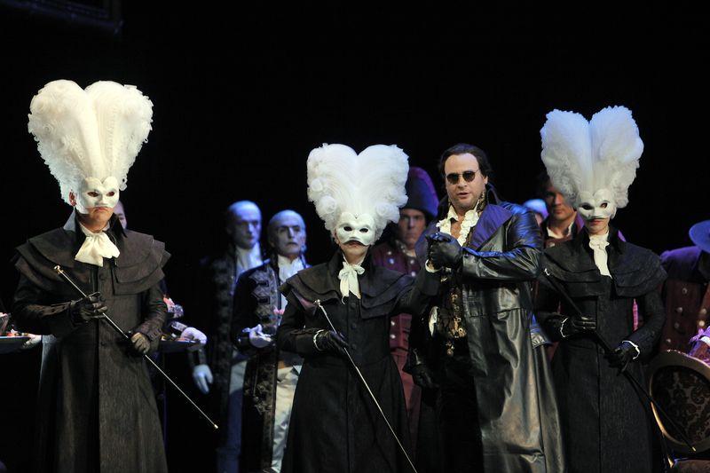 Don-giovanni-sfopera-masks
