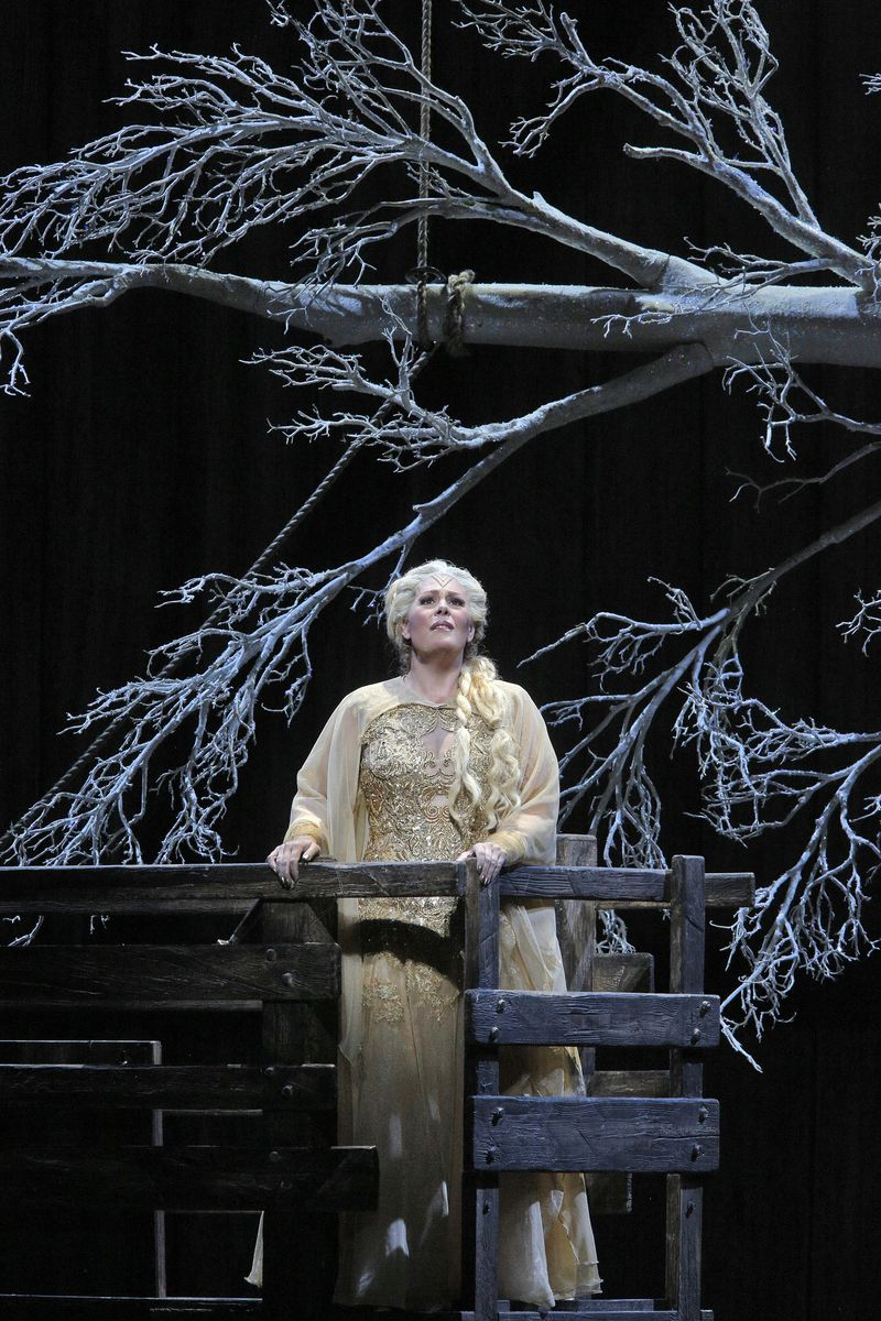 Sondra-radvanovsky-sf-opera-norma-2014