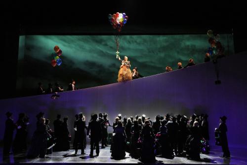 Sf-opera-manon-balloons